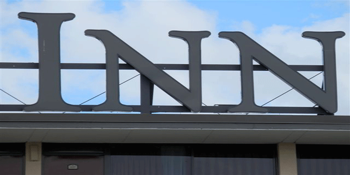 Channel Letters Large Sign detail